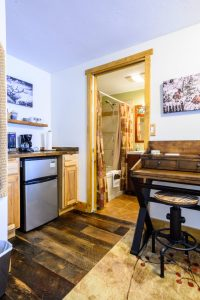 Kitchenette, Bath, and Desk
